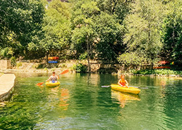Canoe, Kayak, Paddleboat Rentals at the Heidelberg Lodges on the Comal River